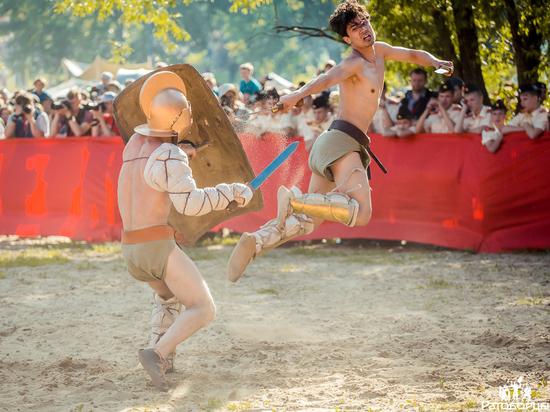 В Севастополе встретятся легионеры, янычары и золотоискатели