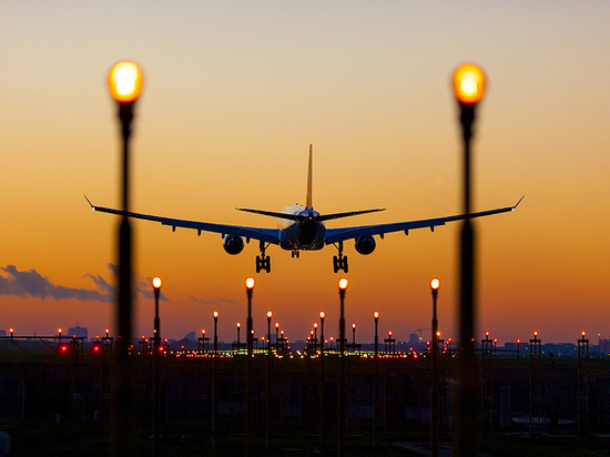 ФАС заинтересовалась высокой стоимостью топлива в аэропорту Хабаровска
