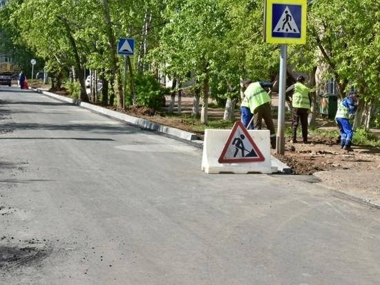 В Кирове почти закончены работы по ремонту первой в этом году улицы