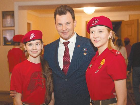 Герой России Роман Романенко: «Нет сферы, куда юнармейцам вход воспрещен»