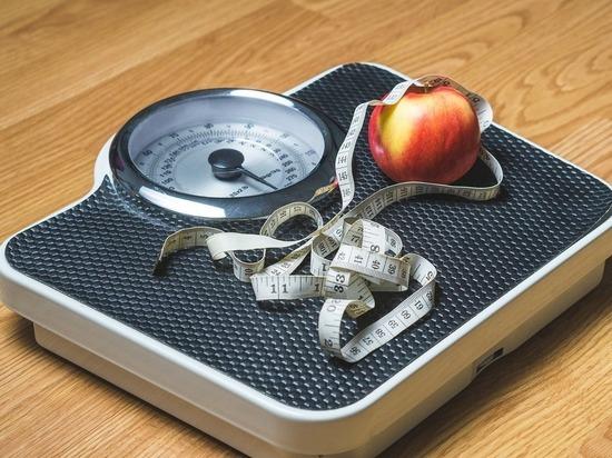 Российских детей массово губит ожирение: виноваты гаджеты и реклама - здоровье