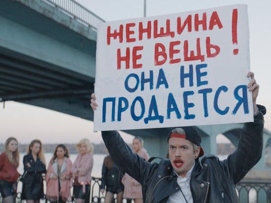 Иван Макаревич сыграл в «Грозе» часовщика и рэпера Кулигина