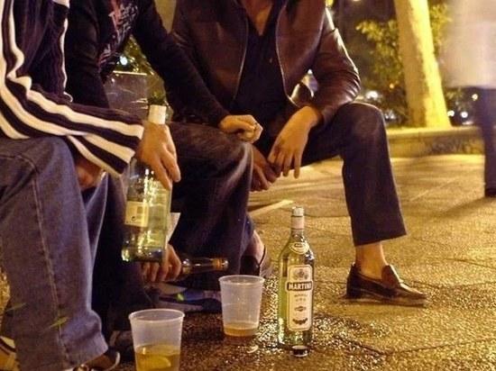 Полицейские во время Последнего звонка задержали выпивающих ульяновских подростков