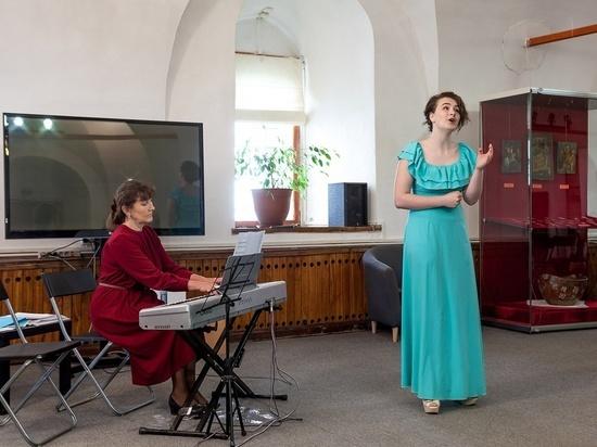 К Дню защиты детей: В «Ростовском кремле» хоровые студии дадут концерт