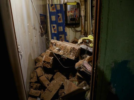 В Волгограде частично рухнул двухэтажный дом