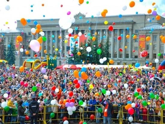 Известен список улиц, которые перекроют в День города в Кирове