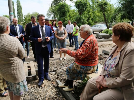 Вадим Кстенин: «В этом году мы реконструируем 74 дворовые территории»