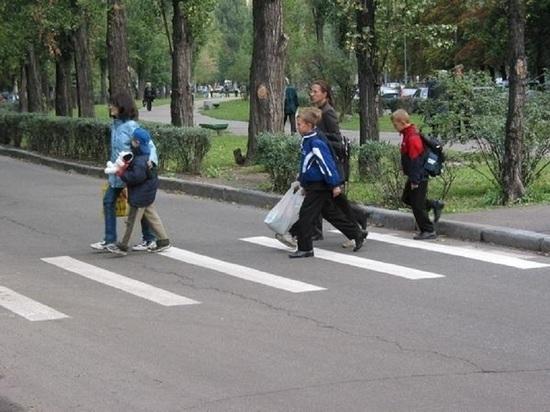 В «Единой России» проверят безопасность пешеходных маршрутов, ведущих к школам