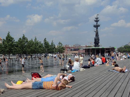 В Москве установлен второй температурный рекорд подряд