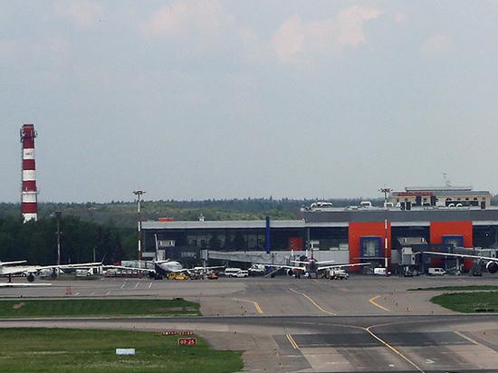 Airbus в Шереметьево мог аварийно приземлиться из-за пассажира-курильщика