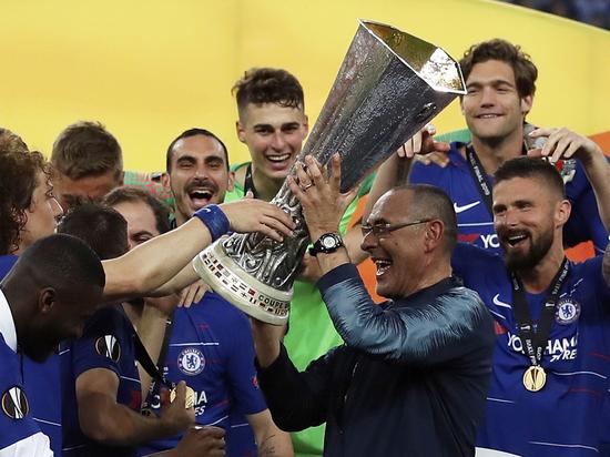 «Челси» победил «Арсенал» (4:1) в финале Лиги Европы в Баку. Но матч оказхался совсем не таким увлекательным, как хотелось бы зрителям, его омрачили сразу несколько факторов – и не только игровых.