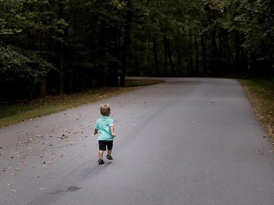 Случаев отказа матерей от детей становится все больше: что происходит