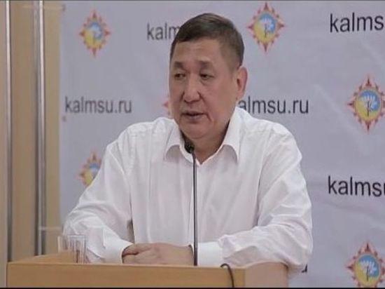 Олег Кичиков призвал поддержать на выборах врио главы Калмыкии