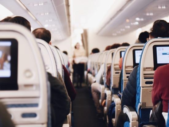 Пассажирский Boeing экстренно сел в Волгограде
