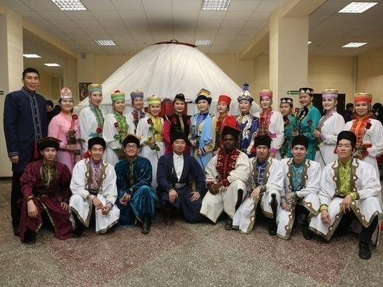 Творческий отчет студентов калмыцкого университета