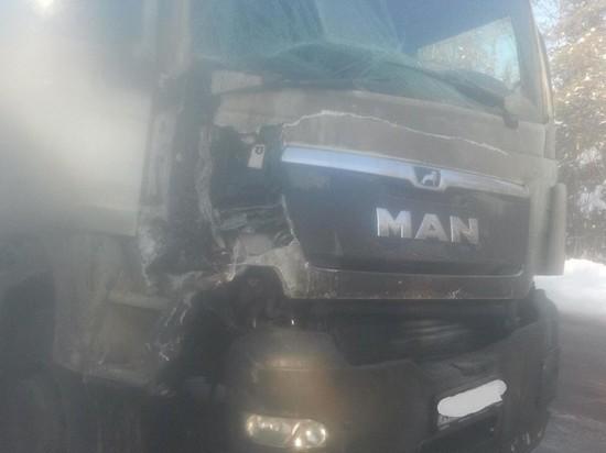 На федеральной трассе в Калмыкии  в крупной аварии погибли люди