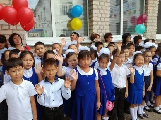 В сельских школах Калмыкии станет больше молодых учителей