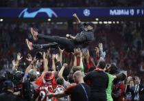 За 10 секунд до конца матча Юрген Клопп, нарушая все регламенты УЕФА, направился к скамейке «Тоттенхэма»