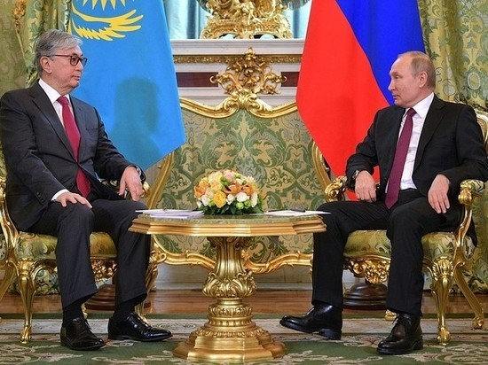 Президент Казахстана рассказал о своей первой встрече с Путиным