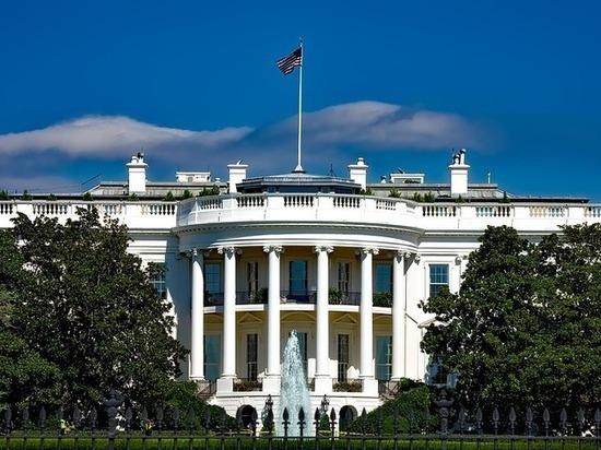 Секретная служба США открыла огонь по нарушителю близ Белого дома