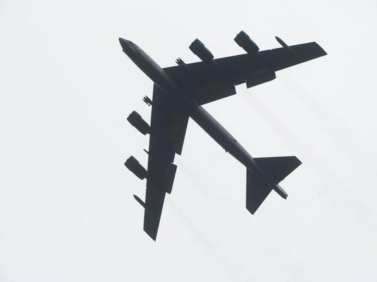Американские ядерные бомбардировщики отработали удар по Ирану