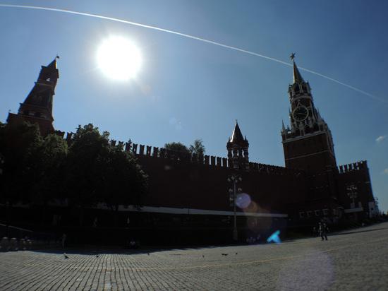 СМИ сообщили об эвакуации Красной площади из-за сообщений о бомбе