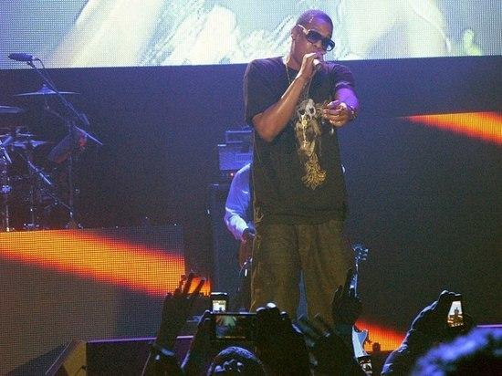 Jay-Z стал первым рэпером, заработавшим $1 млрд, сообщает Forbes