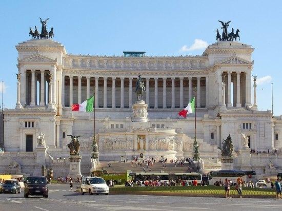 Le Figaro: Власти Италии готовы выпустить «параллельную» валюту