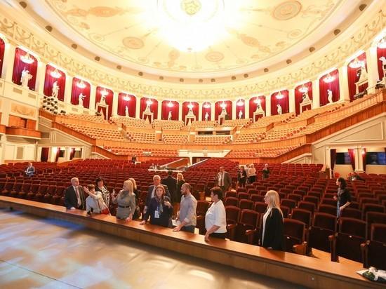 Новосибирский министр культуры рассказал о новом этапе реконструкции театра оперы балета.