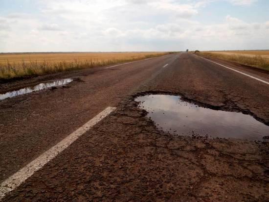 В Калмыкии начался ремонт автодорог