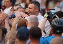 Кличко предложил Саакашвили возглавить партию