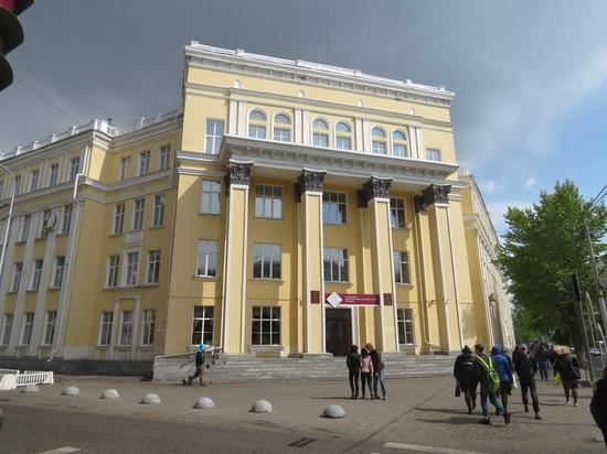Учащиеся Алтайского архитектурно-строительного колледжа осваивают профессии в рабочем режиме