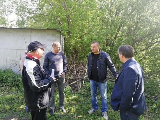 Свалка в центре Кемерова продолжает расти