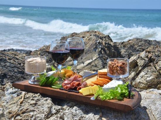 Какой должна быть еда на пляже в Крыму – советы консультанта по питанию