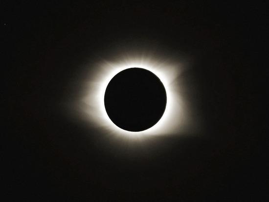 Американские физики разгадали «тайну солнечной короны»