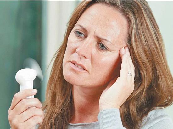 Беременность при климаксе без месячных: как определить вероятность забеременеть и симптомы