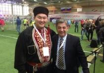 Калмыцкий певец будет представлять Россию на чемпионате по футболу
