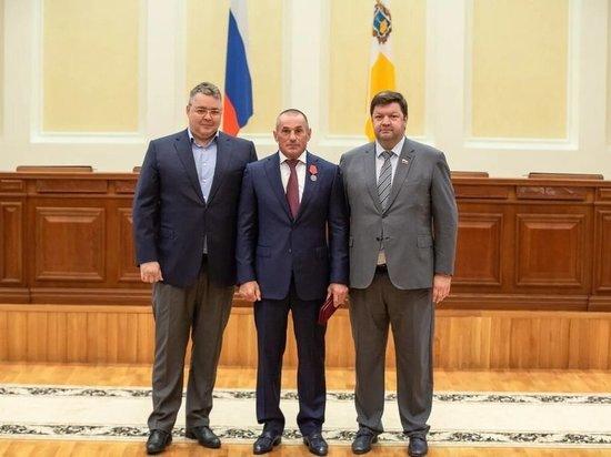 Ставропольский губернатор вручил награду гендиректору ГК «ЮгСтройИнвест»