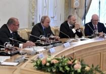 Путин вспылил на Петербургском форуме