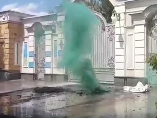 Зачем националисты жгут покрышки у дома Порошенко: возможно акция Авакова