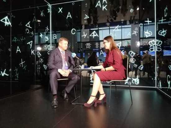 Николай Любимов на ПМЭФ-2019 дал интервью нескольким федеральным СМИ