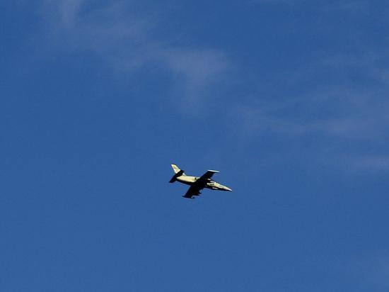 Пилот Су-22 спас самолет после прямого попадания ракеты