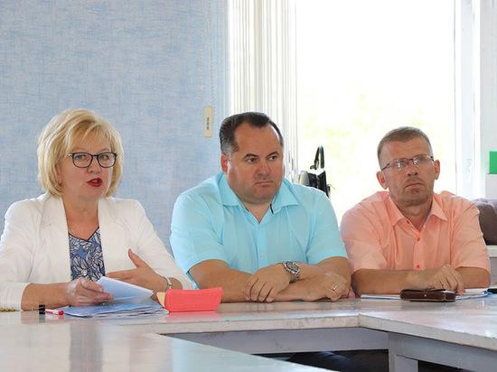 Вопросы бюджетной политики и реализацию программ Губернатора обсудили в Кадникове
