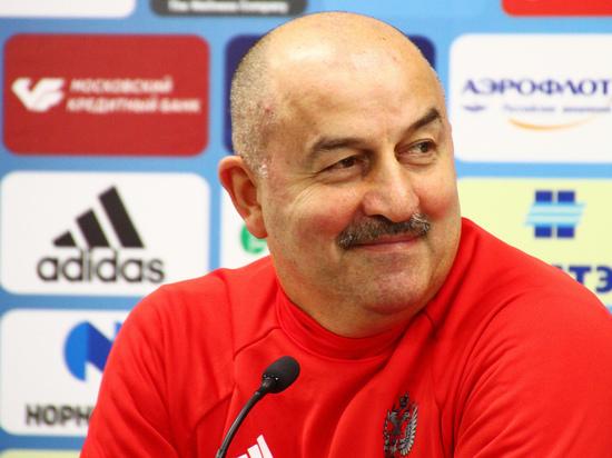Тренер и капитан сборной провели пресс-конференцию перед матчем