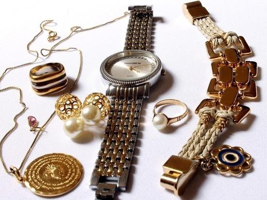 В Казани выявили махинации с ювелирными изделиями на 25 млн рублей