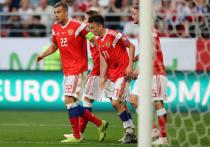 Дзюба обогнал Аршавина, а Смолов забил сотый гол в карьере