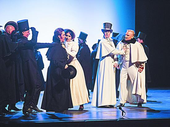 В «Новой опере» состоялась премьера английского «Пушкина»