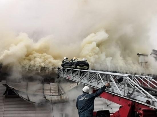 4 пожара ликвидировали тульские огнеборцы. В их числе - один резонансный