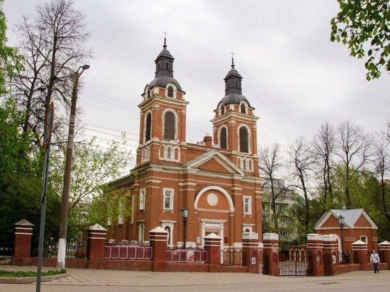 Эксперты из Москвы осмотрели Александровский костел