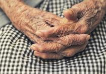 В Воронеже 88-летняя женщина упала со 2 этажа и погибла на месте